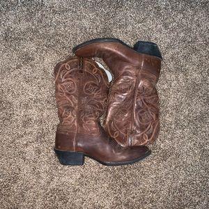Authentic Ariat cowboy boots